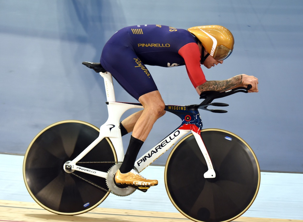 Bradley Wiggins in his UCI Hour Record attempt in 2015