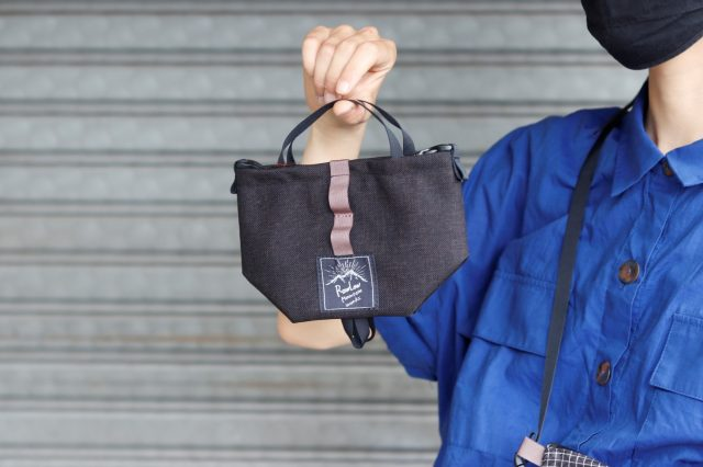 【 RawLow Mountain Works / ロウロウマウンテンワークス 】の名作バッグ達が 新色追加され 続々と再入荷!